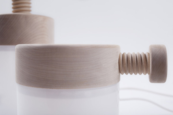 Turn Caroline Olsson #thread #wood #light
