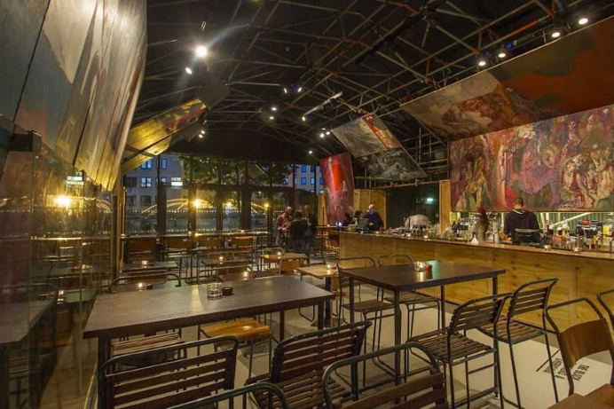 Topolski Bar: celebrates the art of Feliks Topolski