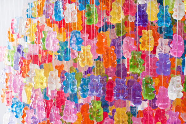 Chandelier Made from 3,000 Gummy Bears by Kevin Champeny #candy #chandelier #bearts #gummy