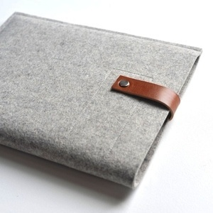 byrd & belle — Ipad/Kindle/Nook Sleeve - Gray Wool Felt and Brown Leather #ipad #apple