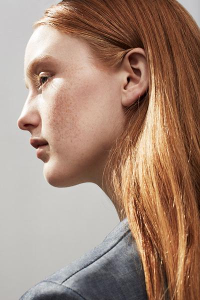 India Salvor Menuez by Thomas Lohr #photo #hair #portrait #ginger #freckles