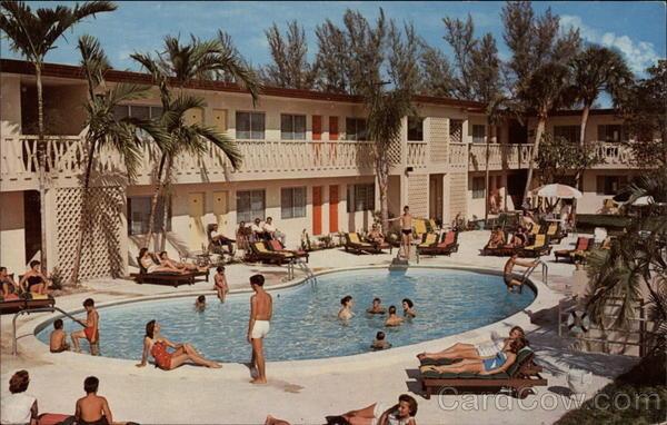 Swimming Pool, Entrada Motel