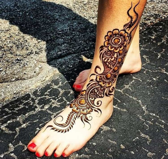 Floral mehndi designs for wedding