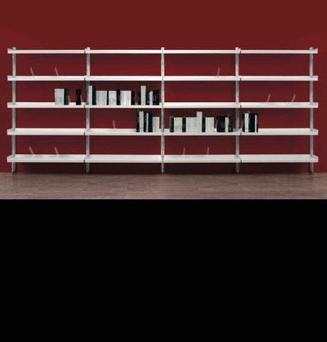 """Text design Marc Sadler Text è un sistema d'arredo per biblioteche composto da robusti montanti con sezione a """"T"""", realizzati in al #arr #arredamento #residences #accessori #arredamenti #alberghi #design #casa #ristoranti #moderno #bagno #bar #albergo #arredare #hotel #per"""