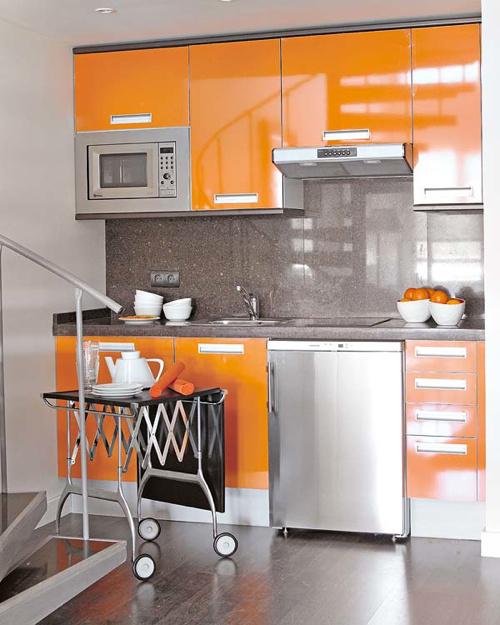 Interior Inspiration: 12 Kitchens with Color Photo #interior #kitchen #design #decoration