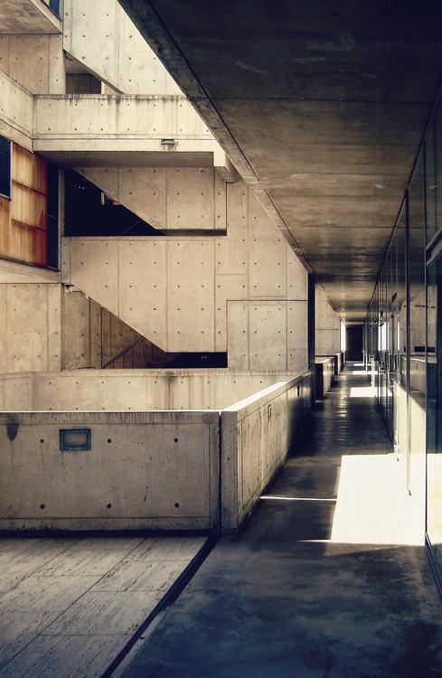 sara lindholm:Photography, Salk Institute for Biological Studies by Louis Kahn(via:Â n architektur) #architecture