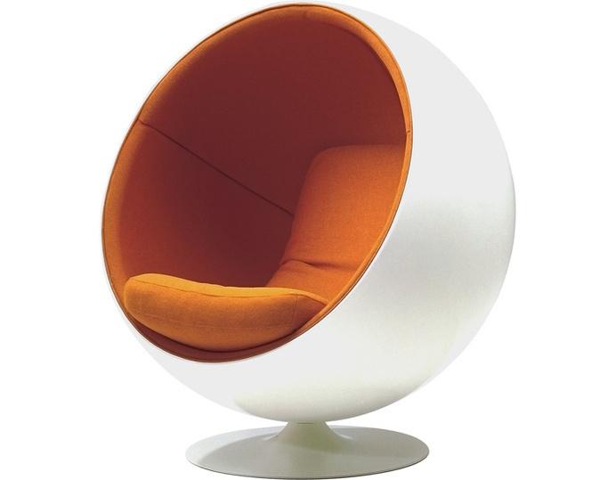 Ball chair by Eero Aarnio created in 1963 #ball #chair #1960s #aarnio #eero
