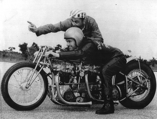 triumph-parasite-motorcycle-dragster.jpg 1,022×774 pixels #motorcycle