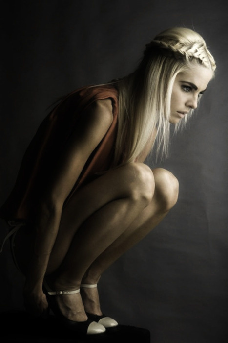 sara lindholm:Fashion photography(via:Â urban reveries) #fashion