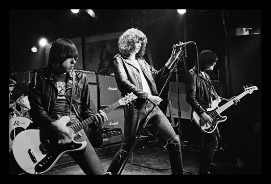 New York Music Scene in the 70's and 80's on Photography Served #cbgbs #music #orrego #felipe #photography #york #ramones #new