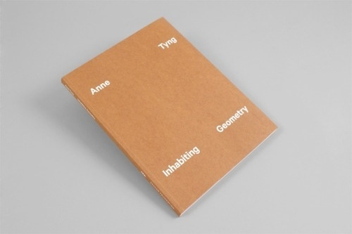 tumblr_m1cdv0pfUa1qf9tddo1_500.jpg (JPEG Image, 500×333 pixels) #cover #book