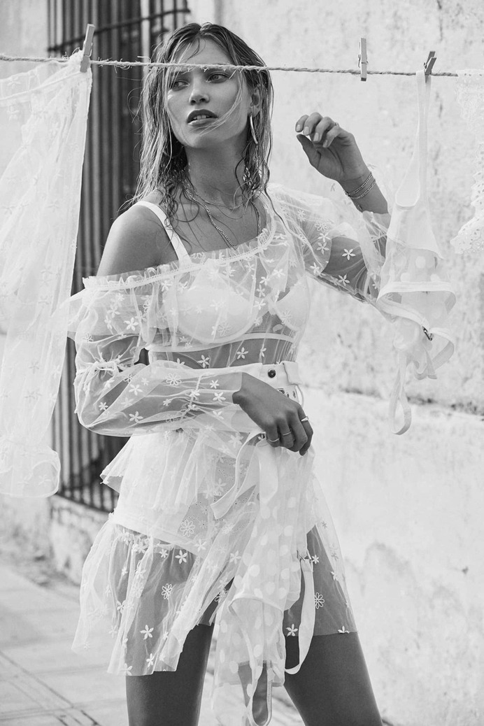 Hana Jirickova by Zoey Grossman For Love & Lemons Spring 2018 Lookbook