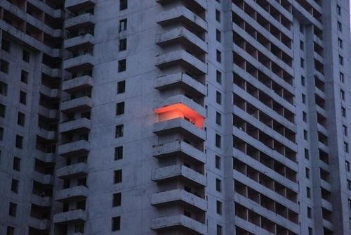 EIKNARF #orange #photo #light #architecture