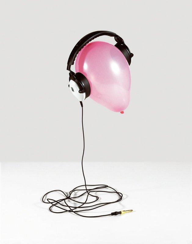 Jenny van Sommers | Still-life photographer | Editorial #balloon #headphones