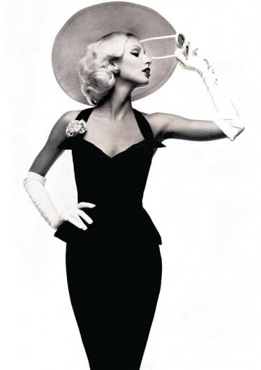Merde! - Fashion photography maliciousglamour: Vogue... #fashion #photography