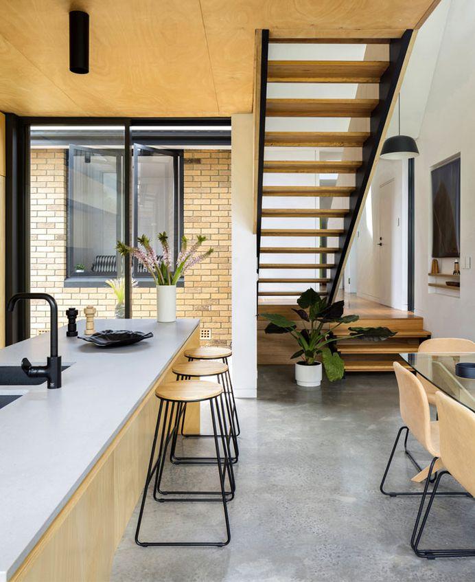 Yellow Brick House Extension - InteriorZine