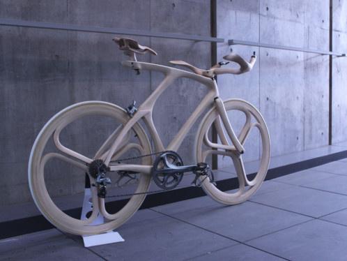 Wooden bike by Yojiro Oshima #design #product #industrial #craftsmanship #engineering