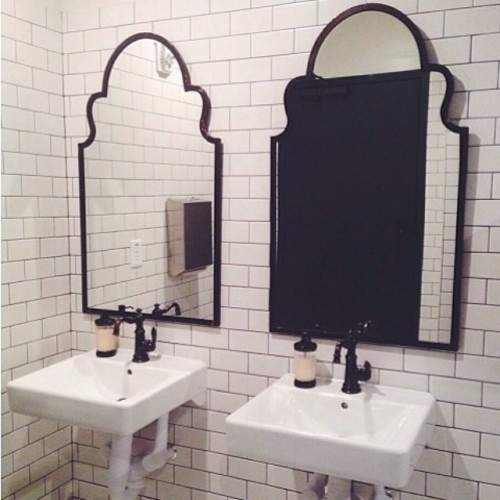 ameninspireddesign #interior #design #decor #mirror #deco #decoration