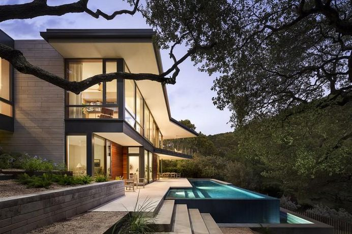 Lakeview Residence, A Parallel Architecture 12