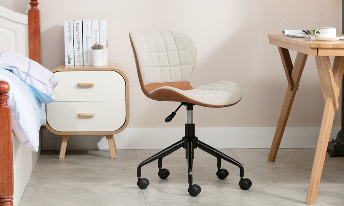 How to Clean the Wheels of a Rolling Office Chair