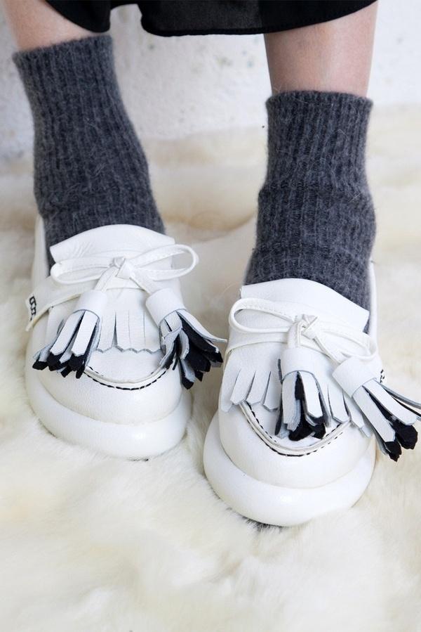 Unique Leather Tassel Loafer White #tassel #white #loafer