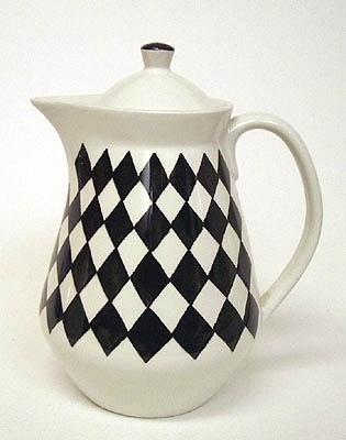 From Scandinavia with love - design & style (Svart Ruter teapot by Karin Björquist for...) #teapot #design #scandinavian #porcelain