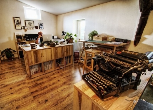 Graphic-ExchanGE - a selection of graphic projects #interior #office #design #wood #studio #typewriter