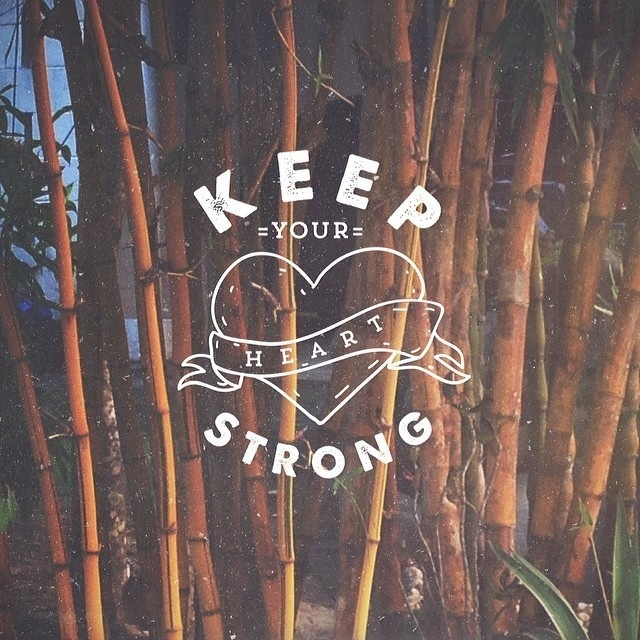 Keep your head up. Keep your heart strong #inspiration #design #handlettering #typography