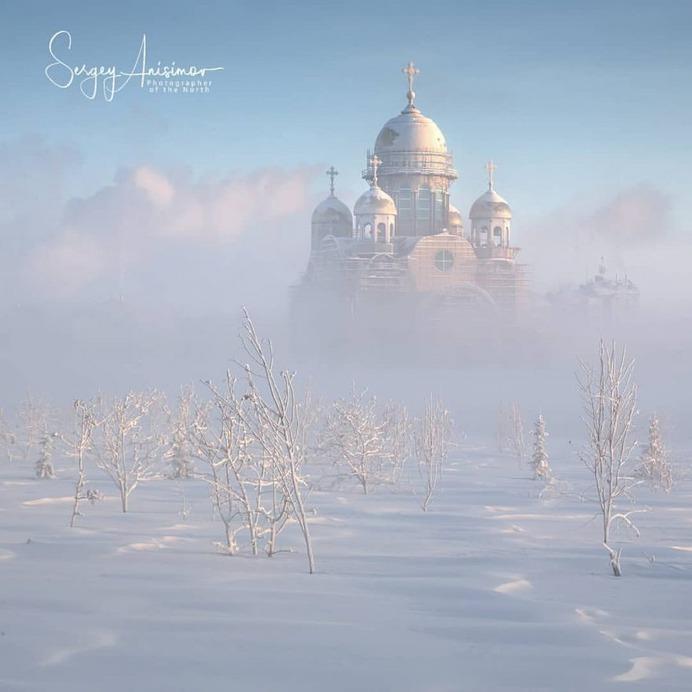 Sergey Anisimov Captures The Daily Life in Northwest Siberia