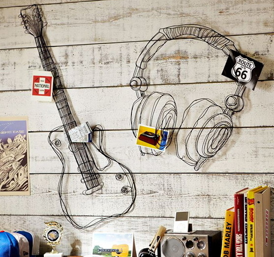 Google Image Result for http://homeklondike.com/wp content/uploads/2012/05/1 decor in wire music style.jpg #guitar #headphones #wood #wire #music