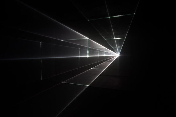 berlin 0291 #black #space #light #dark #room