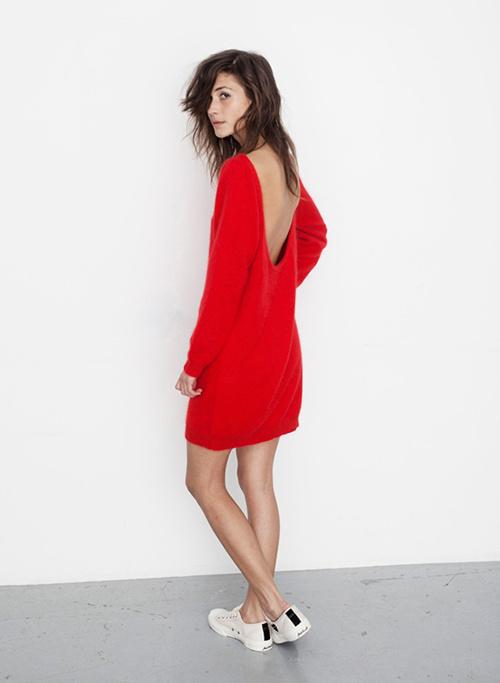 8/115 #back #red #girl