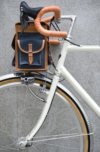 Berthoud Handlebar Bag - The Black Workshop #design #white #bicycle