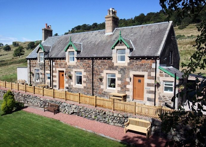 Latest Scottish Accomodation - The Auchentoshan, Gavinburn Cottages