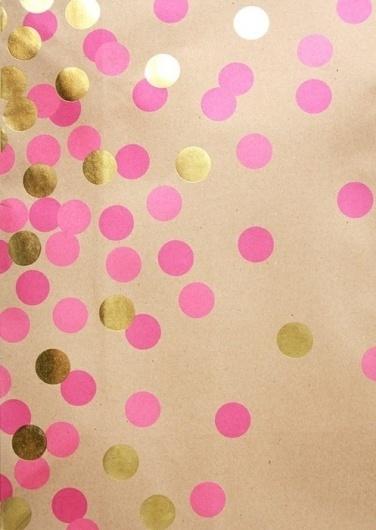 Sara Lindholm #pink #dots #gold