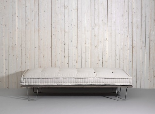 Atoll Daybed by Atoll Form « SoFiliumm #steel #wood #sofa #white