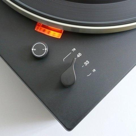 FFFFOUND! | Braun electrical - Audio - Braun PS 500 #record #braun #turntable #player