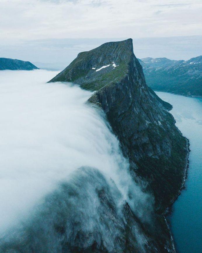 Winter Wonderland in Norway: Landscape Photography by Steffen Fossbakk