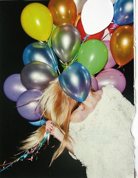 Balloon Face #fashion #color