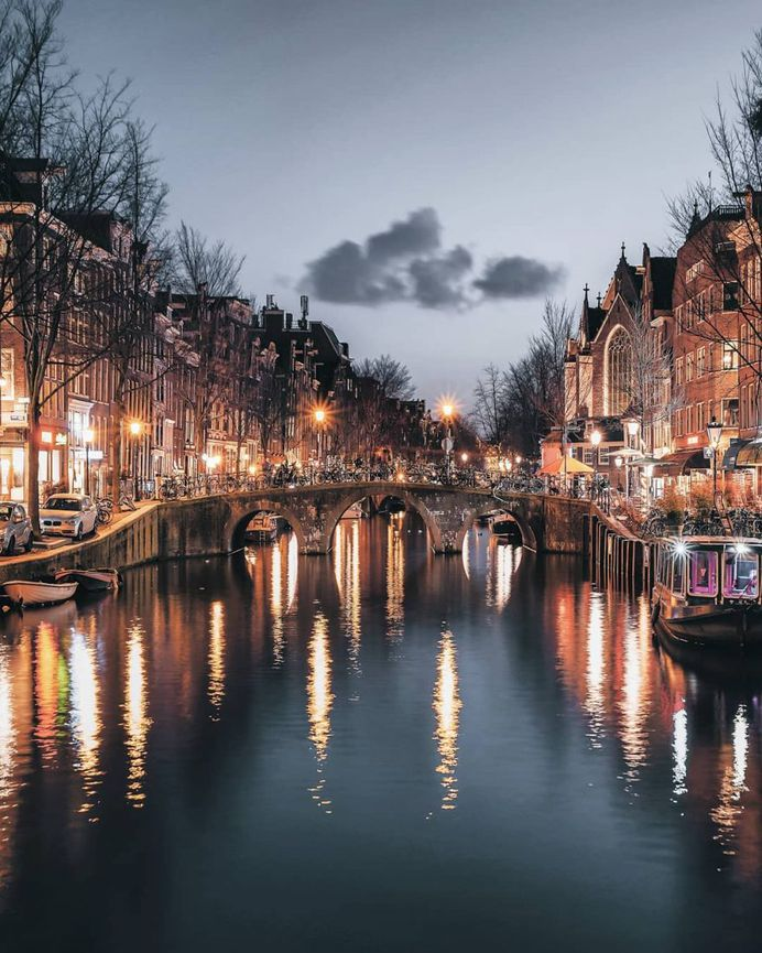 Stunningly Beautiful Street Photos of Amsterdam by Een Wasbeer