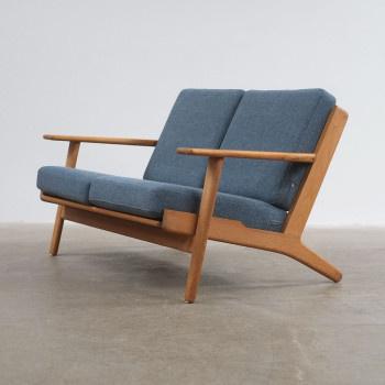 Hans Wegner GE290 Sofa #wegner #sofa #grey #modern warehouse #shoreditch