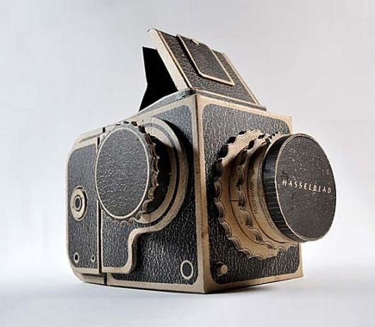 Do It Yourself – The Pinhole Hasselblad – get addicted to ... DAILY MIX OF CREATIVE CULTURE #pinhole #camera #photography #hasselblad #paper