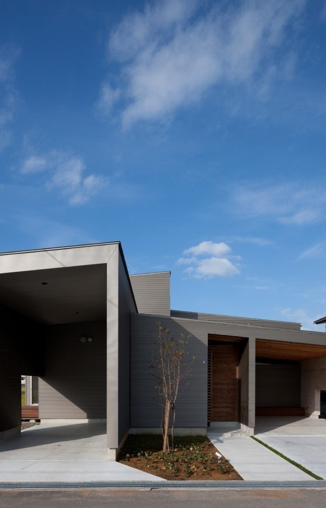 House In Gankaiji by Nakasai Architects #minimalist #house