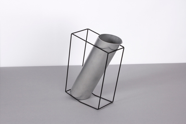 The Jug by Simon Kinneir #modern #design #minimalism #minimal #leibal #minimalist