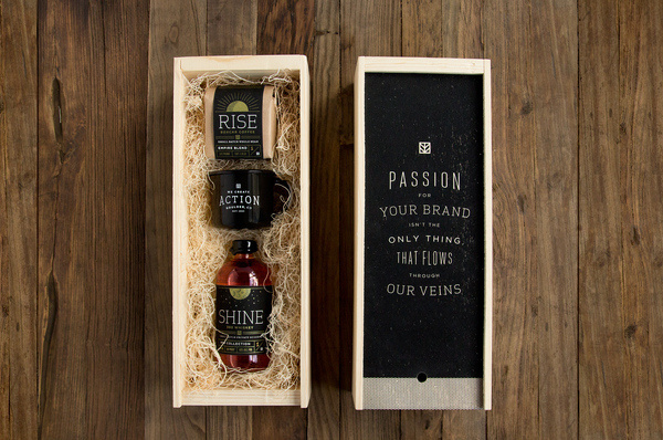 IMM Holiday Gift #printed #whiskey #agency #print #box #colorado #screen #holiday #coffee #package
