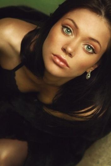 OIP_013.jpg 500×750 pixels #girl #eyes #kuzmenko #photography #gorgeous #julia #beauty