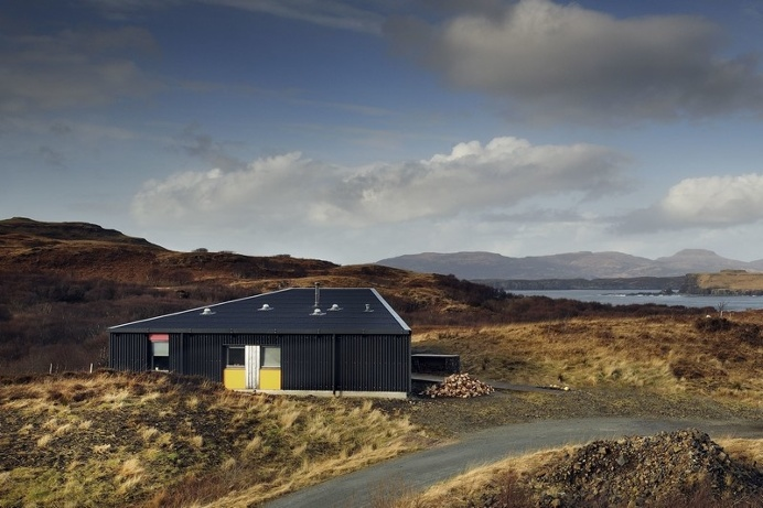 Black House – Family Home on the Isle of Skye / Scotland