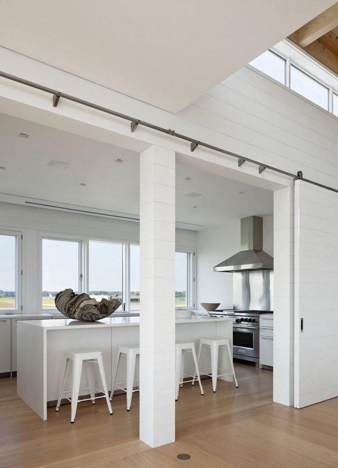 Ocean Pond Residence in Long Island, New York 7