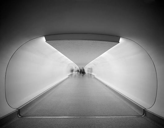 img_0002.jpg 899×700 pixels #saarinen #jfk #twa #terminal #tunnel #airport