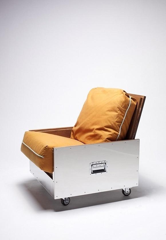 Steel Crate Furniture by Naihan Li #metal #furniture #crate